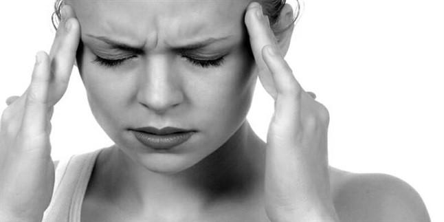 En çok karşılaşılan sorunlardan biri olan baş ağrısını doğal çözümler ile yok edin! Hangi bitkilerin baş ağrısına iyi geldiğini öğrenmek için tıklayın.