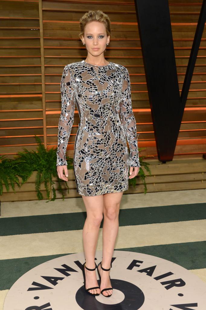 Dünyaca ünlü başarılı oyuncu Jennifer Lavrence katıldığı geceye sexy kıyafeti ve güzelliği ile damga vurdu. Foto galeriyi görüntülemek için buraya tıklayın.