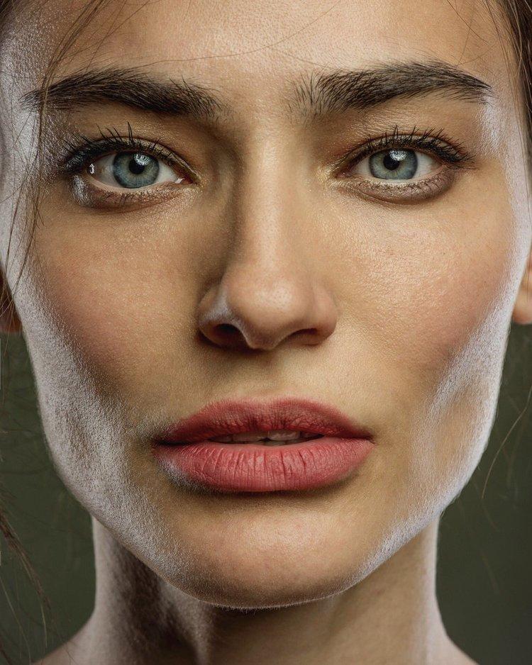 Güzel Türk oyuncu Saadet Işıl Aksoy'un en güzel HD resimleri bu galeride. Ünlülerin Instagram paylaşımları için tıklayın.
