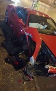 Cansu Taşkın Ferrari marka arabasıyla kaza geçirdi, durumu iyi.