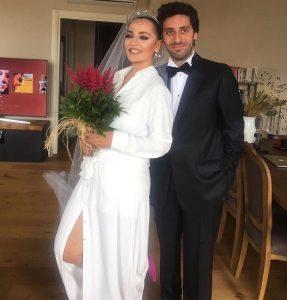 Didem Balçın ile Can Aydın korona virüs sebebiyle sessiz sedasız evlendi.