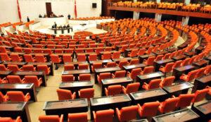 Meclis koltukları neden kırmızı?