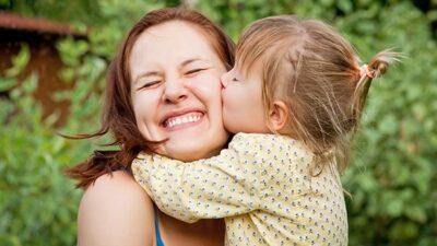 Çocuklar Annelerine Koşulsuz Bağlı Mıdır?